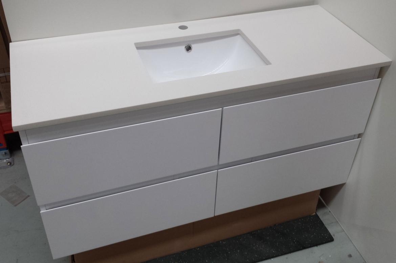 Bathroom wall hung Vanity [1600 mm single basin-white stone]