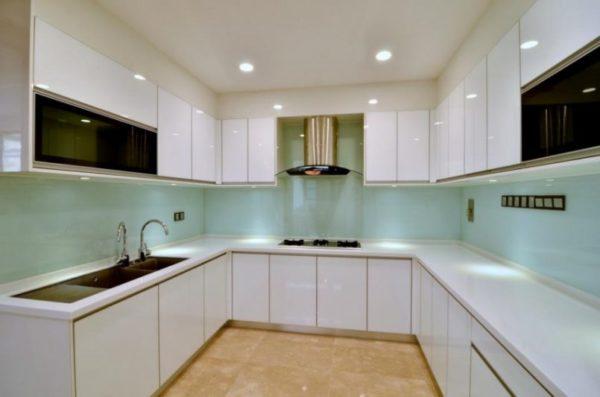 $4000 U shape kitchen